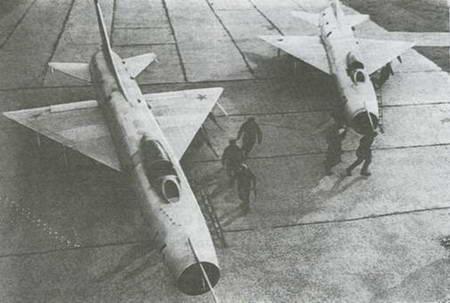 Шасси самолета выполнено по